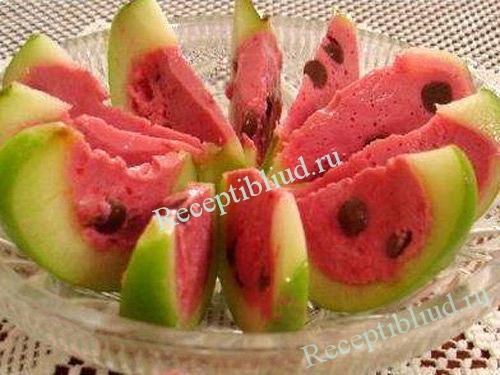 Десерт арбузная долька