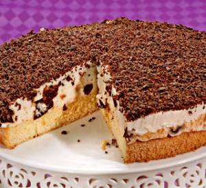 сметанный торт с суфле с черносливом фото
