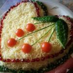 Салат из курицы с сыром