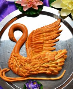 изысканная выпечка Лебедь фото