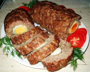 мясной рулет с яйцом фото