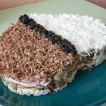 салат с куриной грудкой и грибами фото