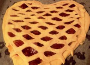 пирог в виде сердца фото