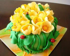 торт с тюльпанами фото