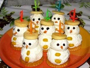 Сырные снеговики фото