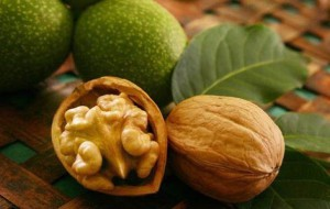 Чем полезны орехи