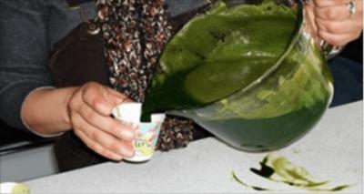 Онкологи сделали случайное открытие — сок, который исцеляет рак