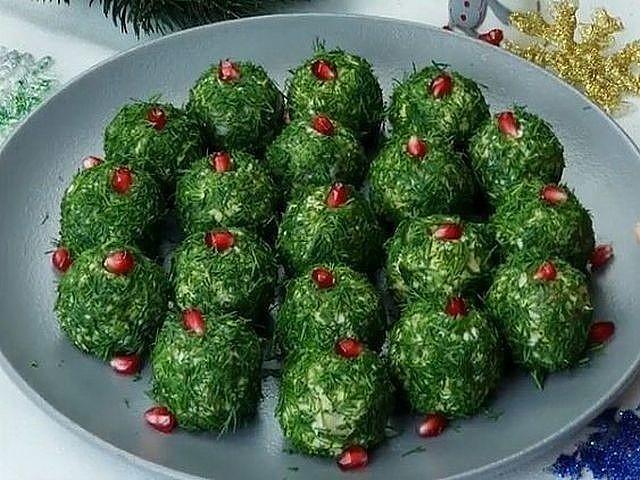 Салатные шарики с селёдкой — потрясающая закуска к празднику