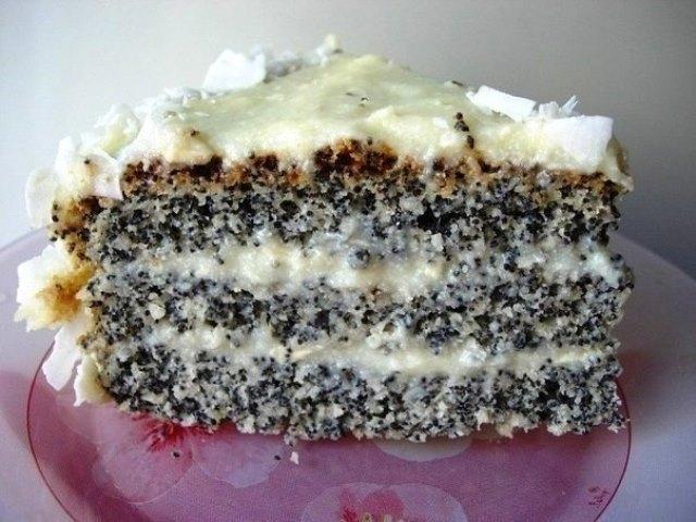 Кокосовый торт с маком под названием «Блаженство»
