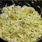 Салат из свежей капусты с курицей фото