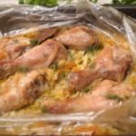 Капуста с куриными голенями в рукаве