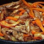 Мясо по-тайски, от которого все мужчины «без ума».