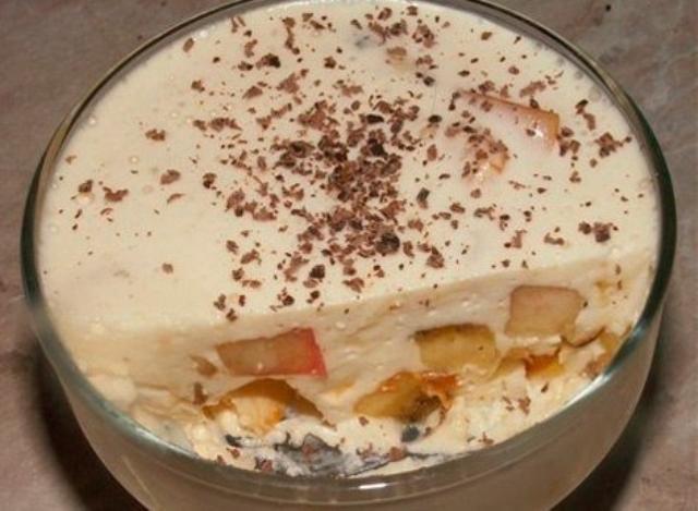 Быстрое и очень вкусное сметанное желе с бананами «Лентяйка». Шикарный домашний десерт из самых простых продуктов!