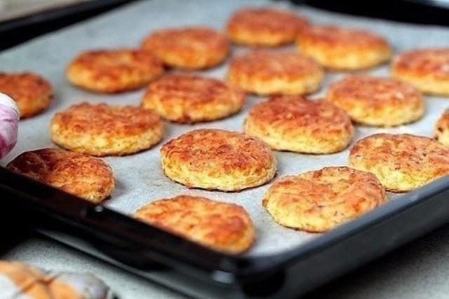 Печенье с беконом и сыром. Никто не останется равнодушным!