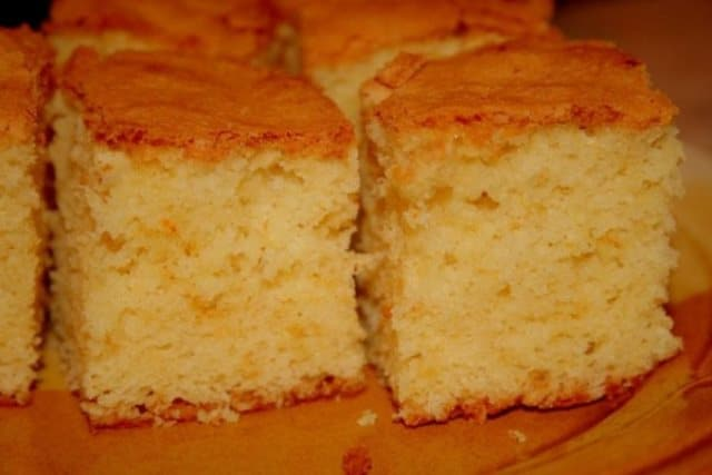 Вкусно и по-домашнему! Божественный кекс на кефире